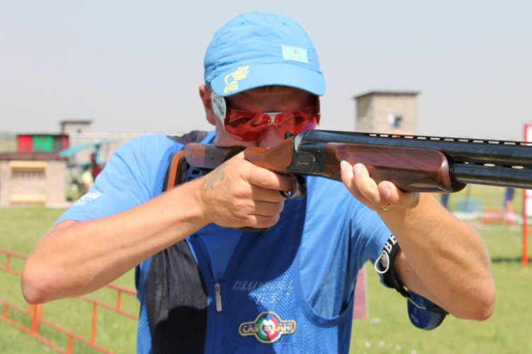 KHASSYANOV Victor