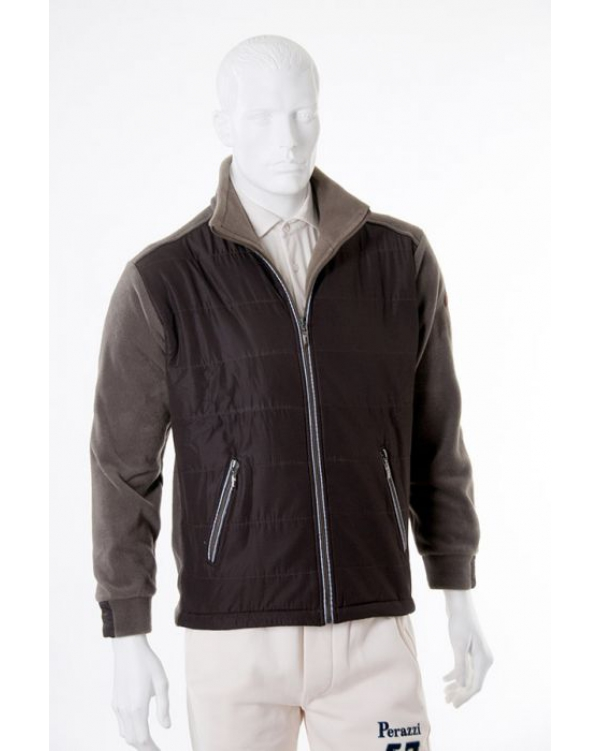 Front-quilted fleece jacket